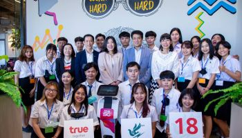 กลุ่มทรู ร่วมกับ สมาคมนักข่าววิทยุและโทรทัศน์ไทย เปิดโครงการอบรมเชิงปฏิบัติการ นักข่าวสายฟ้าน้อยรุ่น 18 ปี 2563