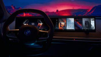 BMW เปิดตัว iDrive 8 เชื่อมต่อ 5G พร้อมสั่งการด้วยเสียงความเร็ว 30 Gbps พร้อมระบบ Apple CarPlay และ Android Auto