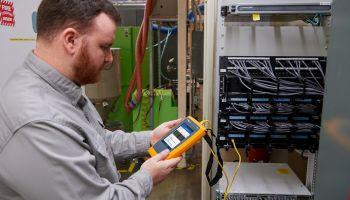 Fluke Networks เปิดตัว LinkIQ™ อุปกรณ์ทดสอบตัวแรกของโลก
