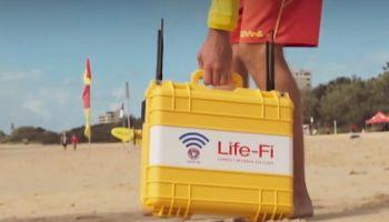 ออสเตรเลีย ให้บริการ Life-Fi ( Wi-Fi ฟรี ) เหตุพบคน 5ชาติ จมน้ำบ่อยบนหาด Surfers Paradise