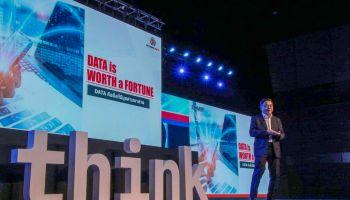 """""""สามารถ"""" โชว์เทคโนโลยี AI ตรวจจับภัยคุกคาม Cyber ในงาน IBM Think Thailand 2019"""