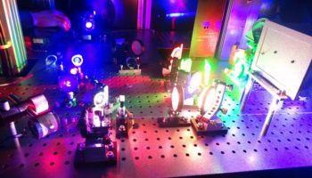 พรินเตอร์ 3D Digital Holograms แบบใหม่ ให้สีสันในการพิมพ์ที่สมจริงมากขึ้น