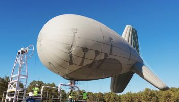 AT&T ติดตั้งเสา 4G LTE คลื่น 700 MHz ด้วยบอลลูน อยู่ทน 2 สัปดาห์ ให้บริการกู้ภัย รองรับ iPhone และ Samsung