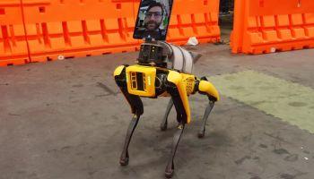 Boston Dynamics ขยายความสามารถหุ่นยนต์ช่วยเหลือผู้ป่วยโควิด19 ควบคุมด้วย iPad เชื่อมต่อ 4G และ 5G