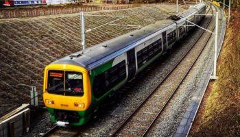 อังกฤษ เพิ่มคลื่นความถี่ 39GHz สนับสนุน Wi-Fi บน UK Trains มั่นใจเพิ่มความเร็วได้ถึง 3.6 Gbps