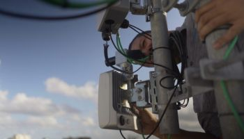 เปอร์โตริโกลุยจริง!! ดึง Facebook ให้บริการระบบ Wi-Fi ย่านความถี่ 60 GHz ด้วยวิธี Multi-point, Multi-hop Mesh