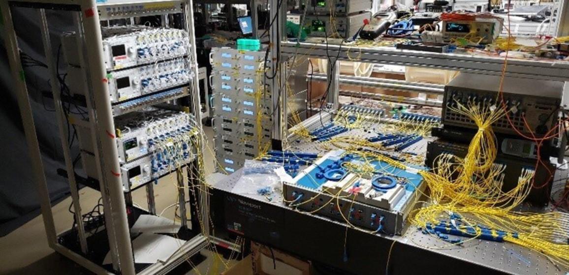 Fiber ทุบสถิติใหม่ 1Pbps รับส่งอินเทอร์เน็ตระยะ 23 กิโลเมตร รูปแบบ Multi-Mode Optical Fiber