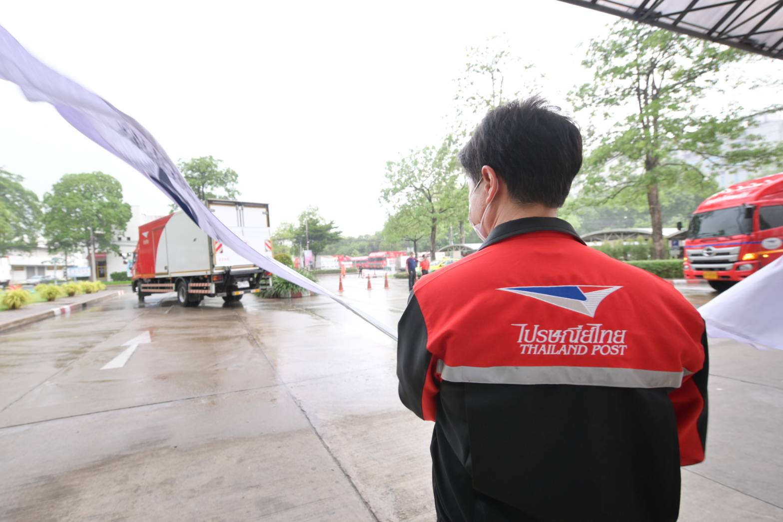สู้ภัย COVID-19 !! ไปรษณีย์ไทย พร้อมจัดส่งเตียงสนาม 1,000 เตียง พื้นที่ปัตตานี หนุนลดวิกฤตเตียงขาดแคลนและรองรับผู้ติดเชื้อในประเทศ