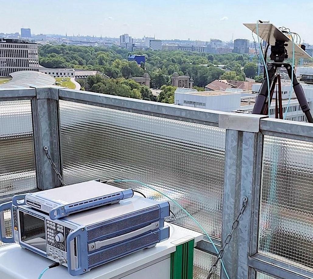 LG ประสบความสำเร็จทดสอบ 6G ย่าน THz ย่าน 155 - 175 GHz  ทำรัศมีได้กว้างขึ้นสุงสุด 150 เมตร